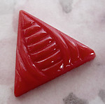 2 pcs. glass art deco red triangle cabochons 18mm - f2582