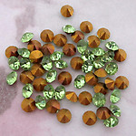 150 pcs. glass Optima MCC machine cut crystal peridot rhinestones ss9 - f3253