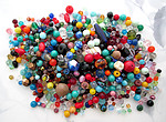 1/4 lb pound assorted vintage glass beads - f5359