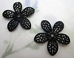 6 pcs. black rubber filigree flower rivet on findings beads 21mm - f6573