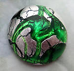 glass green foil inclusion flat back cabochon 18mm - f6700