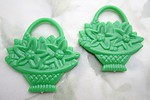 5 pcs. green plastic flower basket two sided pendant charms 44x42mm - f6796