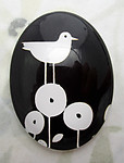 Glass flat back black and white cabochon w bird 40x30mm - f6944