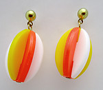 plastic 1960's stylish Twiggy on Carnaby Street mid century modern pierced drop earrings - j6508