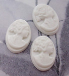 9 pcs. plastic cameo off white cameo cabochons 18x13mm - r218