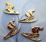 12 pcs. gold tone plated downhill skier cabochons 19x15mm - s1001