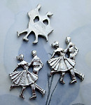 8 pcs. silver tone plated dancing couple cabochons 23x17mm - s1005