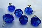 18 pcs. glass cobalt blue flowers on wire charms approx 12mm - s1007
