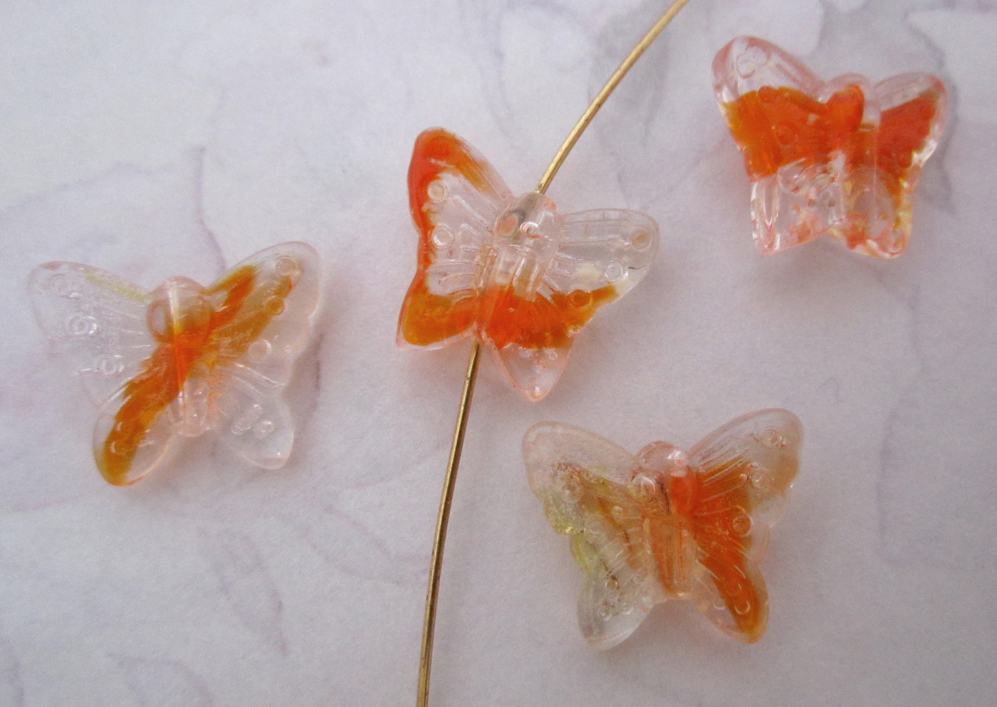 4 pcs. glass orange givre butterfly beads 16x12mm - f5321