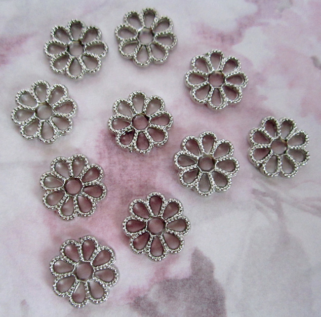 30 pcs. silver tone plated plastic flower charms 13mm - r20