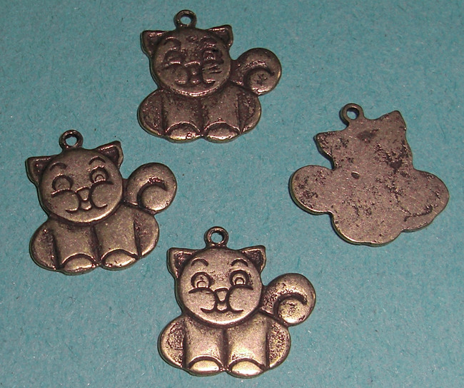 12 pcs. casted raw brass cat charms - f1893