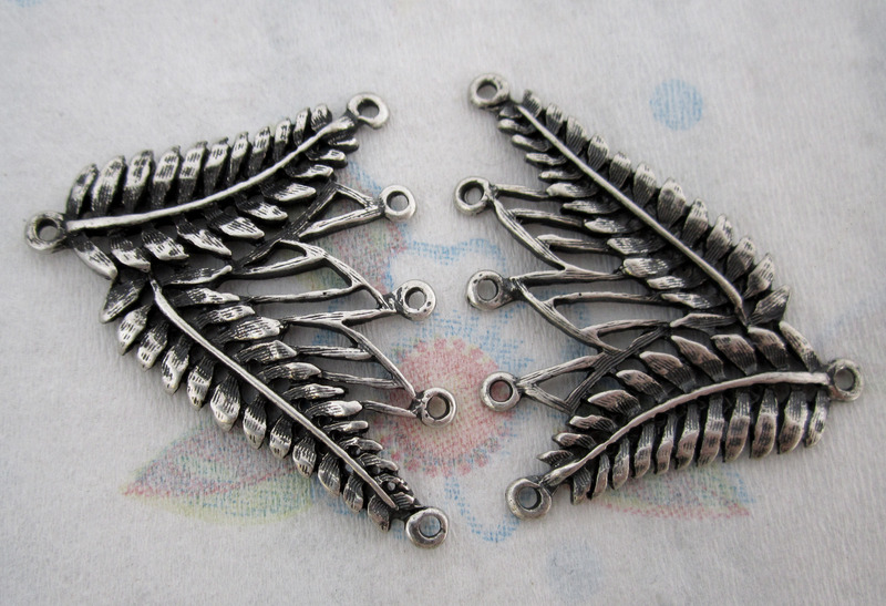 2 pcs. silver tone casted 5 strand leaf necklace end findings 40x36mm - f4414