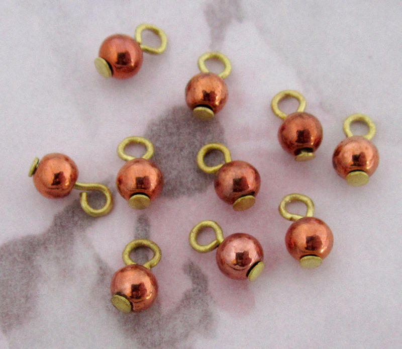 30 pcs. copper coated plastic bead drop charms 4mm - f3226