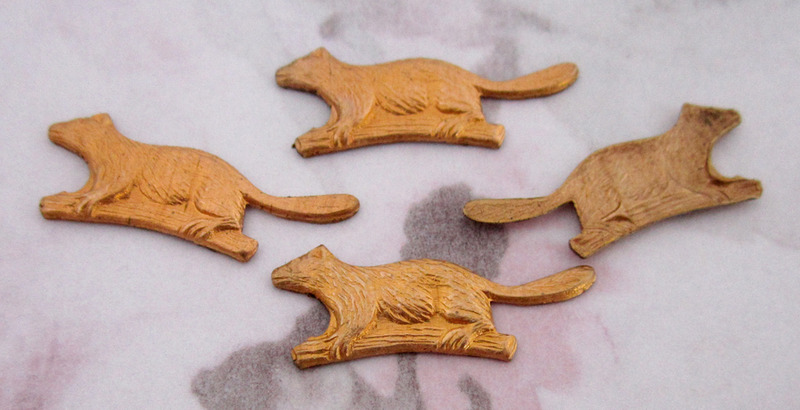 12 pcs. raw brass beaver stampings 23x9mm - f3243