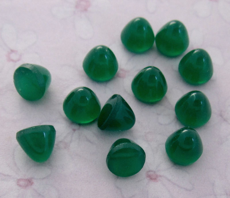 12 pcs. glass small high dome chrysoprase cabochons 6mm - f3857