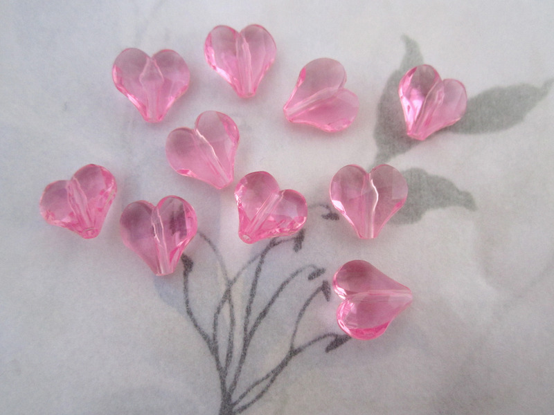 10 pcs. faceted lucite pink heart beads 11x11x4mm - r166