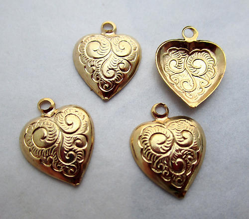 12 pcs. gold tone plated etched heart hollow back stamping charms 12x11mm - d160