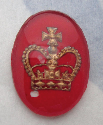 glass reverse painted intaglio crown cabochon 18x13mm - d78