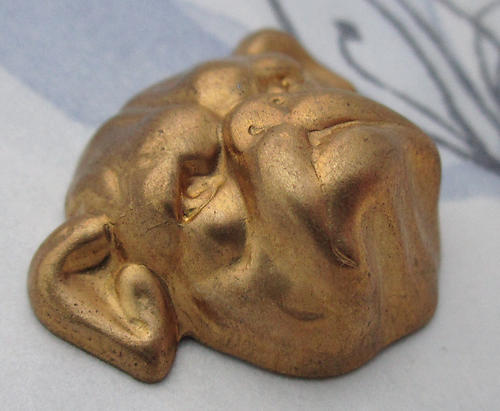 2 pcs. raw brass high relief bulldog face stampings 28x24mm - d83