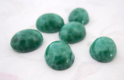 6 pcs. glass jade green mottled cabochons 10x8mm - f1603