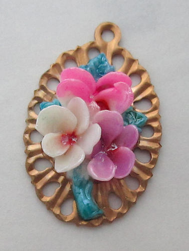 celluloid flower bouquet cabochon on raw brass base charm 22x16mm - f3614