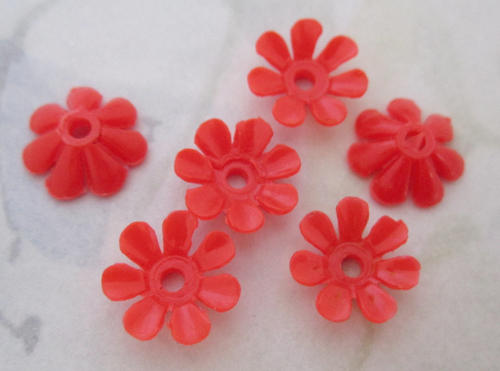 30 pcs. plastic coral orange flower beads 13mm - f4977