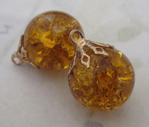 2 pcs. crackle glass topaz charms 14mm - f5013