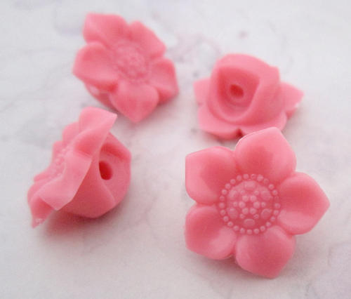 4 pcs. pink coral plastic shank buttons 17mm - f5331
