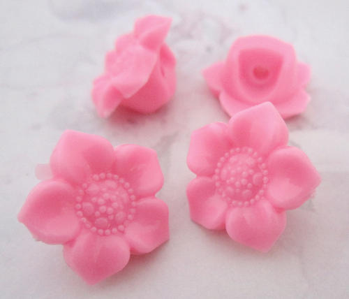4 pcs. pink plastic shank buttons 17mm - f5332