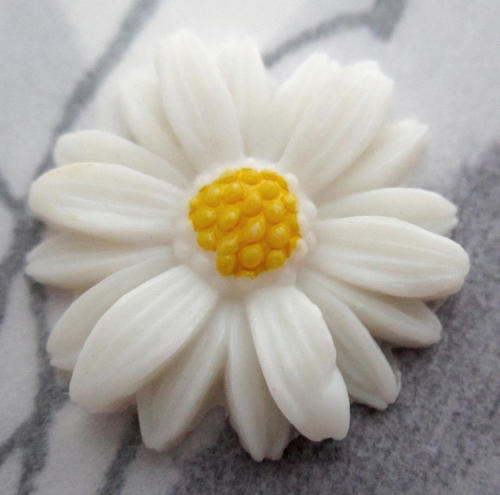 celluloid daisy flower cabochon 18mm -  f5524