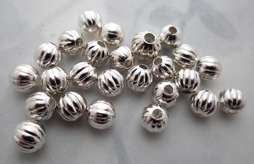25 pcs. silver tone corrugated beads 5mm - f5547