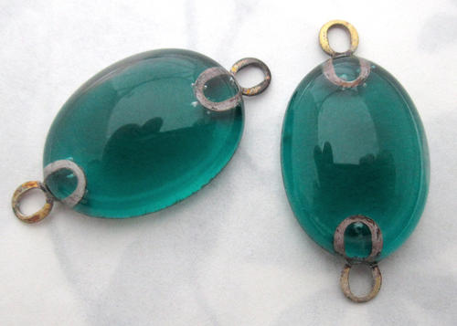 2 pcs. emerald green glass handmade connector charms - f5558