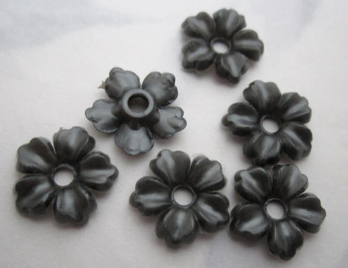 6 pcs. plastic hematite gray flower beads or rivet on findings 15mm - f5864