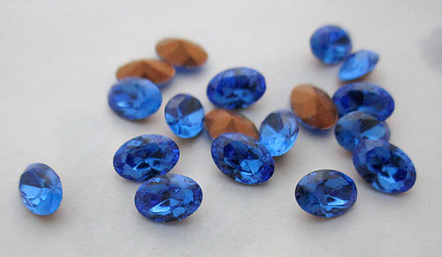 18 pcs. Swarovski 4130/2 TTC table tin cut glass sapphire blue oval foiled rhinestones 6x4mm - f6006