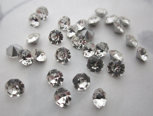 36 pcs. glass TTC table tin cut Preciosa clear silver foiled pointed back rhinestones ss22 - f6088