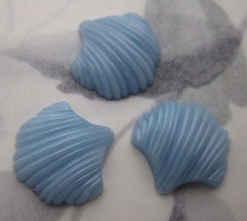 3 pcs. plastic blue scalloped cabochons 18x18mm - f6106