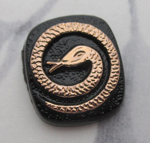 2 pcs. glass black w gold tone plated snake in a circle flat back cameo cabochons 16x14mm - f6119
