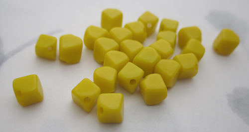50 pcs. glass opaque yellow diagonal cube beads 6mm - f6126