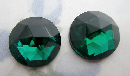 6 pcs. glass emerald green faceted foiled jewel flat back cabochons 15mm - f6242