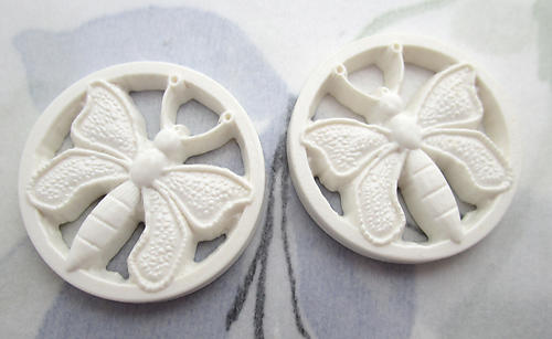 6 pcs. plastic off white pierced butterfly relief flat back cabochons 22mm - f6727