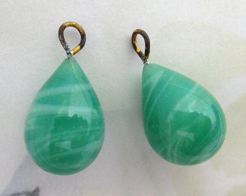 4 pcs. glass chrysoprase green marbled wired tear drop charms 18x13mm - f6853