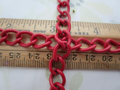 precut 3 feet red cold enamel curb chain 9mm wide - f6881