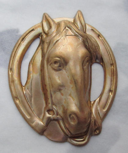 2 pcs. raw brass horse in horseshoe winners circle stamping 38x30mm - s220