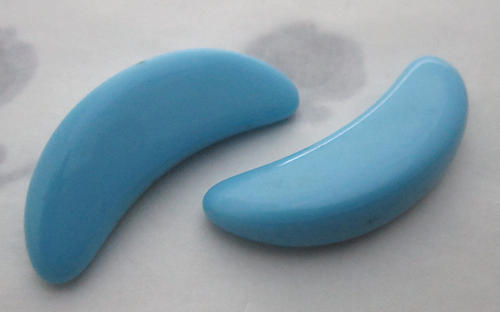 6 pcs. glass turquoise blue crescent wedge stones 28x9mm - s227