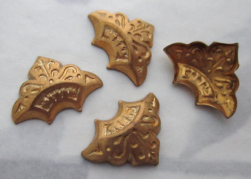 12 pcs. raw brass ornate etched stampings 16x12mm - s290