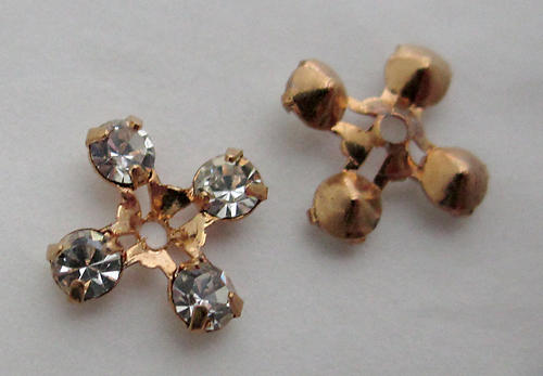 6 pcs. MCC machine cut crystal gold tone plated prong set rhinestone square w hole in center for sew on or beading 7x7mm - s57