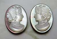 2 pcs. 1 pair R&L right and left Italian hand carved cameo MOP mother of pearl shell flat back cabochons 18x13mm - d242