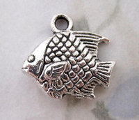 4 pcs. casted pewter silver fish 2 sided charm 17x13mm - f5035