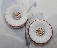 4 pcs. glass white milk flower w gold accents relief flat back cabochons 18mm - f6836