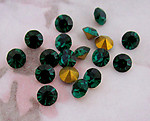 50 pcs. Optima MCC machine cut crystal emerald green rhinestones ss19 - f3254